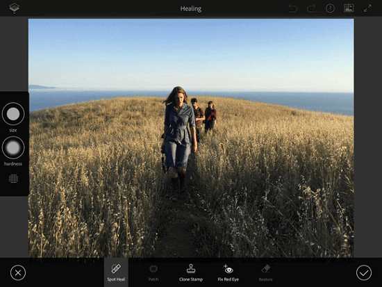 Adobe-will-introduce-a-new-mobile-Photoshop-app-in-October (4)